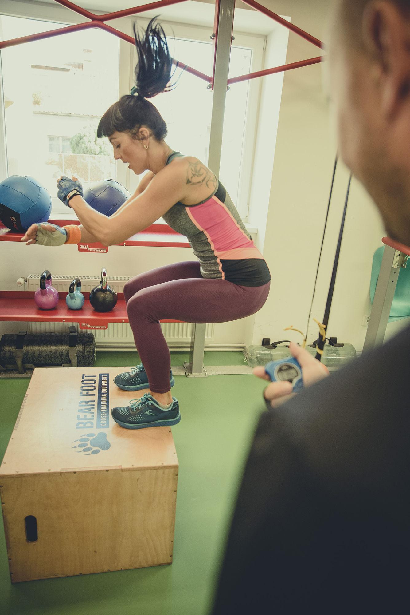 Cvičení online, hubnutí strenérem